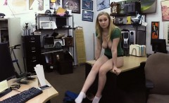Pretty chick pawns her pussy and fucked at the pawnshop