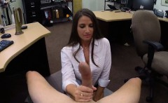 Big butt babe pawns her pussy and fucked at the pawnshop