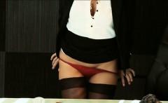 Isabella de Santos seduces delivery guy