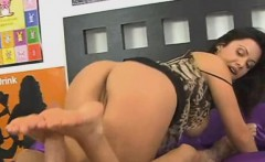 sienna sweet doing some nice footjob on dudes big dick