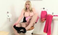 British granny Amanda Degas masturbates in bathroom