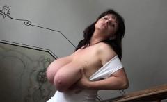 Busty amateur handjob swallow