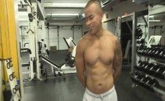 Gym used for seduction of hot fit men