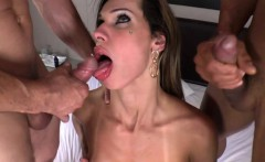 Shemale Babe Bianca Sereia Gets Fucked By Two Guys