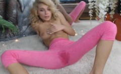 Smoking Hot Blonde Wets her Yoga Pants - more at freecam8.co