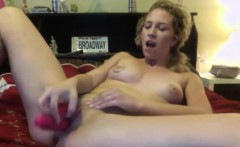 Outgoing blonde sweet Payton with small boobs