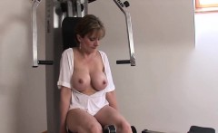 unfaithful british mature lady sonia shows her huge balloons
