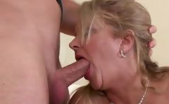 mature oral and pussy fucking skills