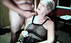 Her cunt vibrates and gets cummed on cam