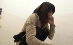 Weird asian pee public