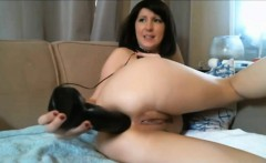 Diana - MILF Shoves on An Enormous Dildo in Her Ass