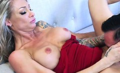 cougar synthia fixx gets pleasured by hung plumber