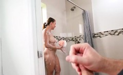 hot babe ivy rose takes a shower for rich guy