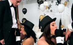 hot strippers swallow big hard cocks of clients