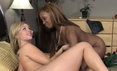 Ebony sappho fingered and gets clit rubbed