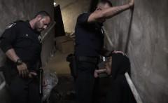 Gay cop suck Suspect on the Run, Gets Deep Dick Conviction