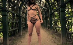 jeny smith wearing mymokondo strap bondage in old park