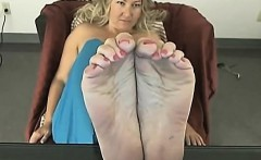 rough 3 way girl scene with spiting and foot fetish