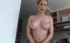 Cute Round Butt Cammodel Toys Her Pussy