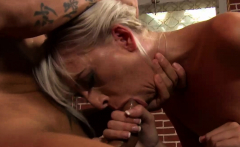 blondie wants to get fucked in the ass