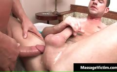 Hot and horny dude gets the massage