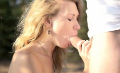 Hot horny blonde Mariana uses an outdoor blowjob to segue