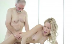 Uma Zex Savoring The Cock Of Old Timer Doggy Position