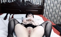 Hot German raven mistress xxx_BettyNoir_xxx