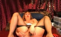 Hot mature enjoy in mastrubate