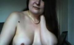 Housewife Vanessa flashing on home webcam