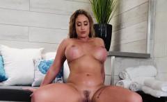 Eva Notty In Hot Tub MILF Machine