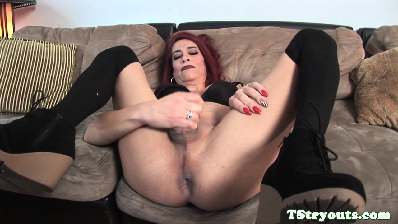 Voronina slut load casting