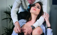 Office Hoe Marie Clarence Worships Huge Cock Of Boss