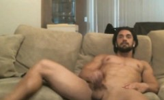 Muscle Bearded Guy Cums on Cam