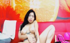 Hot Latina Gets Naked And Fuck Her Pussy