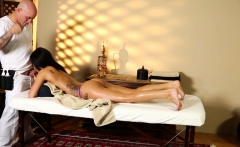 Massage loving beauty tricked and pussyfucked