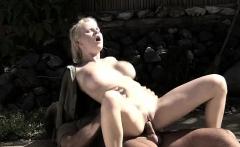 Tarra satisfies a big dick outdoors