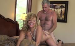 Blonde cougar likes to bang roughly