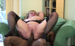 Busty babe likes to ride a dick