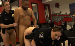 Smacking cops ass as kinky criminal gets a steamy cock ride