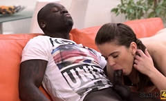 BLACK4K. Evelina Darling comes to black guy and they get...