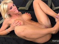 Busty Mature Cougar Tiffany Rousso Is Enjoying A Sauna