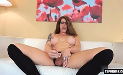 Hot shemale rimjob and cumshot