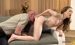 DADDY4K. Excellent old and young experience makes